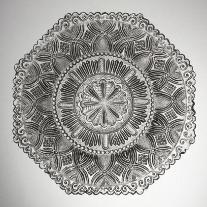Plate with octagonal cap ring (11K)